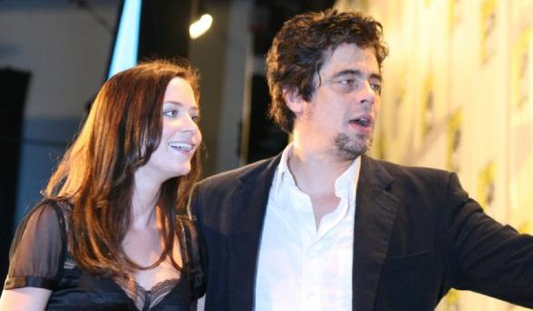 Emily Blunt and Benicio Del Toro greet fans in Hall H. (Photo credit: IMDb)