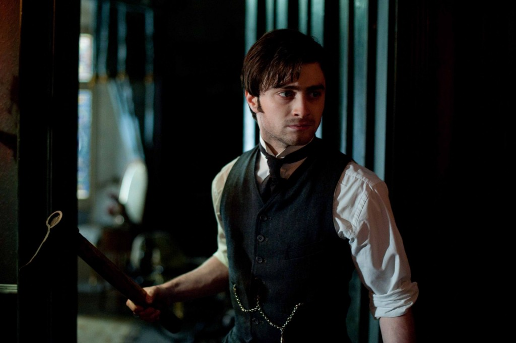 Daniel Radcliffe stars in THE WOMAN IN BLACK.
